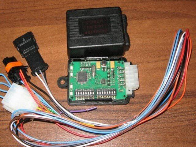 Микропроцессорный вариатор угла опережения зажигания для ГБО