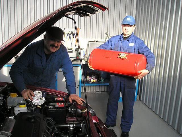Установка газобалонного оборудования в сервисной мастерской